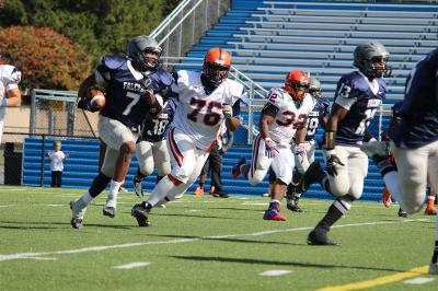 Shahid Lovett had three interceptions for Lackawanna JC in 2013, as many as the Owls did as a team.